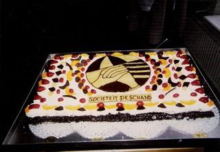 Een heerlijke taart bij de opening